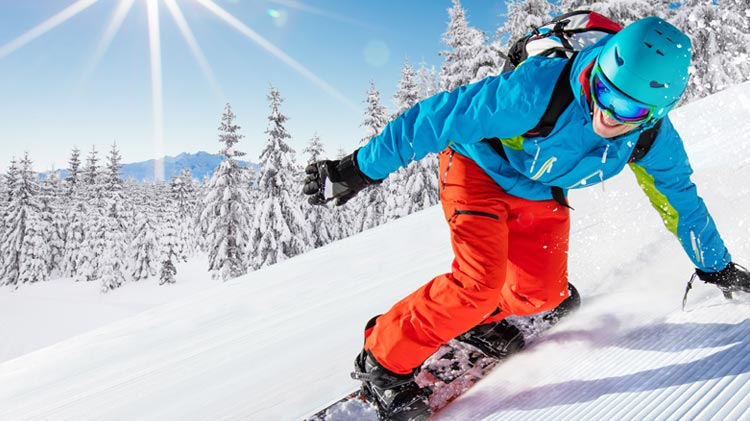 Snowboard & Ski in Stubai, Austria